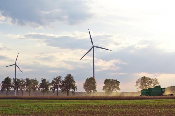 La energía cinética aporta diversos beneficios a la industria y población