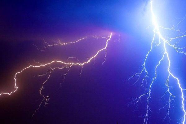 Los rayos pueden causar severos daños a las turbinas eólicas