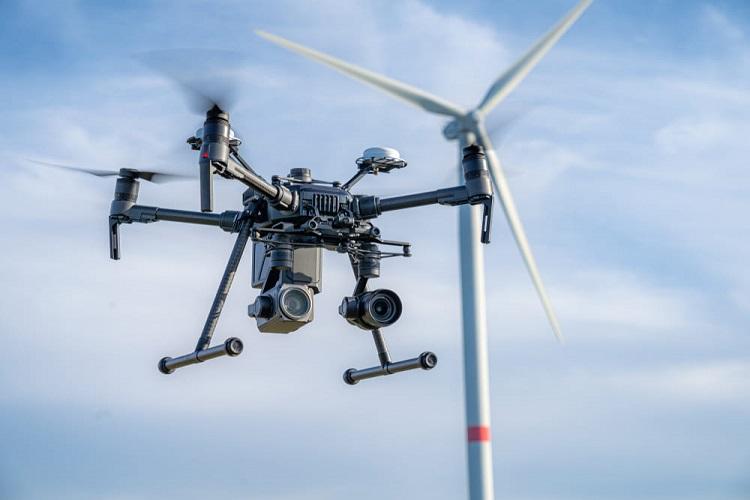 comprobacion-parques-eolicos-drones